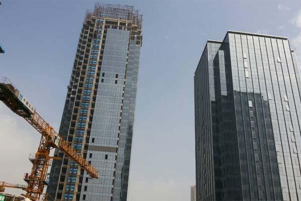 重庆国际金融中心(IFS)我司参与塔楼内装部份已进入最后收尾阶