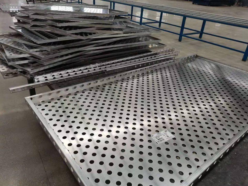 冲孔铝单板在生产过程中需要达到哪些要求?